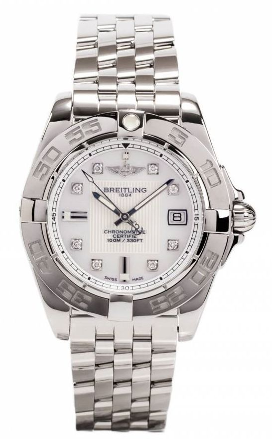 Breitling watches are known for their sporty appearance. Breitling is in fact deeply connected to the air and that is reflected in the design of many Breitling