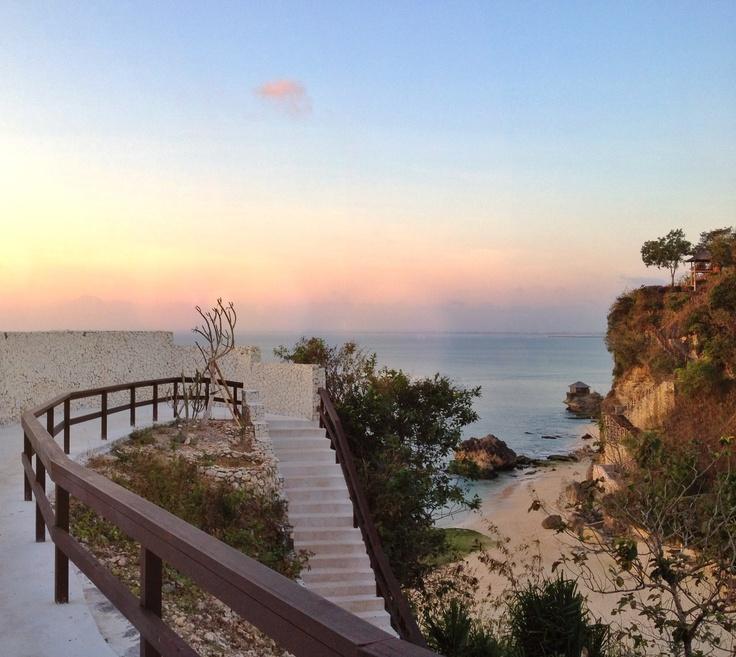 The path to Biu Biu private beach http://biubiukamala.com/