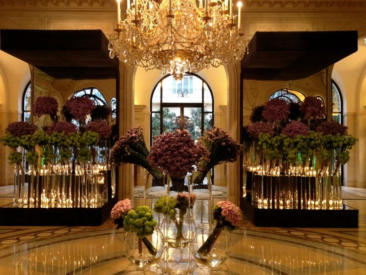 #jeffleatham's amazing floral design at #thefourseasons #Paris