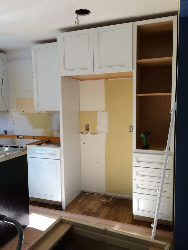 Kitchen Renovation Cabinet Installation Using Kraftmaid