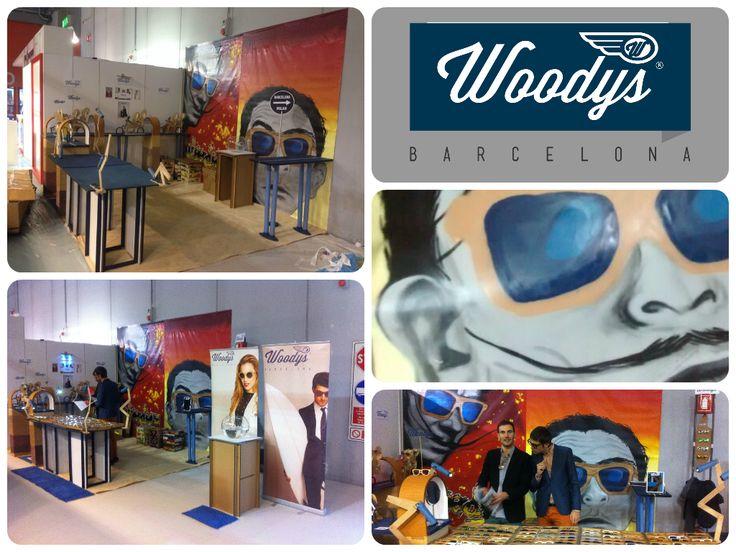 Woodys Barcelona, Gafas de madera, Wood sunglasses, Montura de madera:  Experiencia en MilánFeria Mido   Después de nuest...