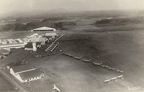 Vliegveld Andir te Bandoeg 1937.