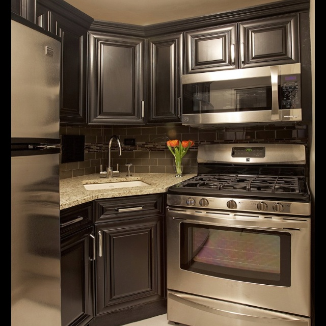 Best Houzz Kitchen For Small Space Maybe Lighten Up The 400 x 300
