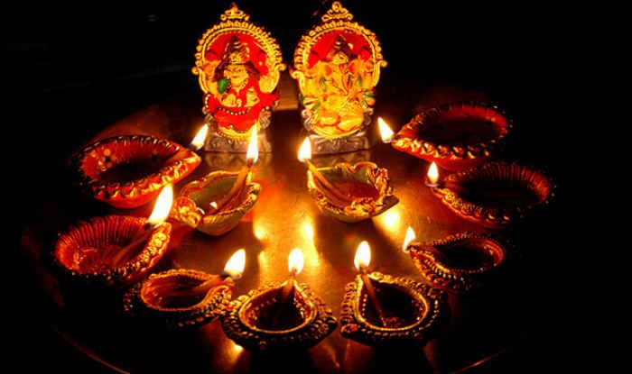 May This Dhanteras brings prosperity  Wealth and Riches flow to your lives Make you and your people happy and extend the Diwali Festivity with Currypalace.