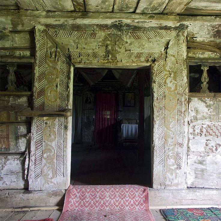Zimbor.portal interior - Biserica de lemn din Zimbor - Wikipedia
