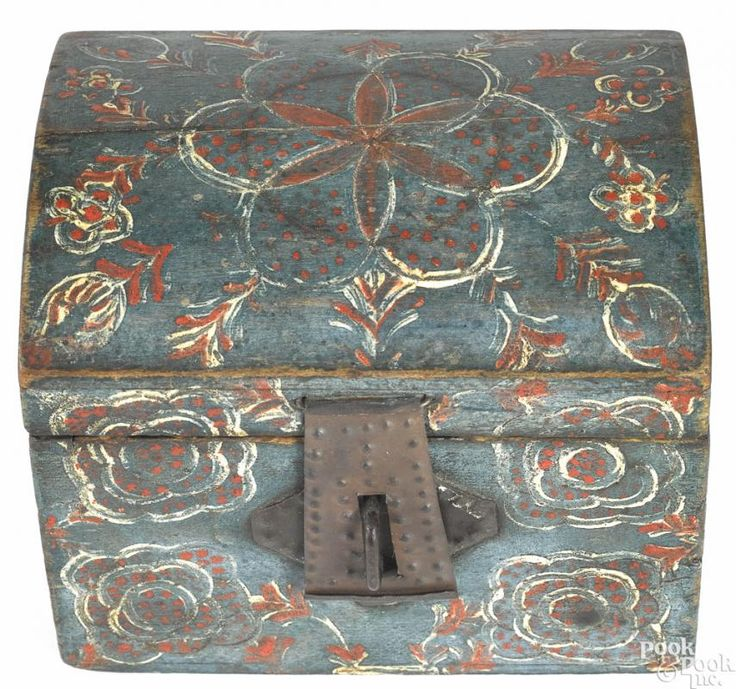 Lancaster, Pennsylvania Compass Artist painted poplar dome lid box, 19th c., 4 1/4'' h., 5'' w.