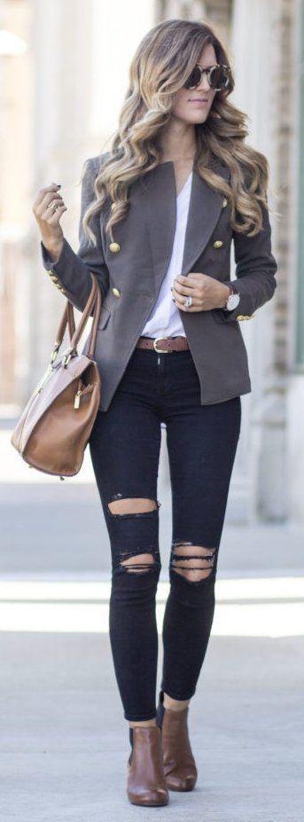 #winter #fashion / Grey Blazer + Destroyed Skinny Jeans