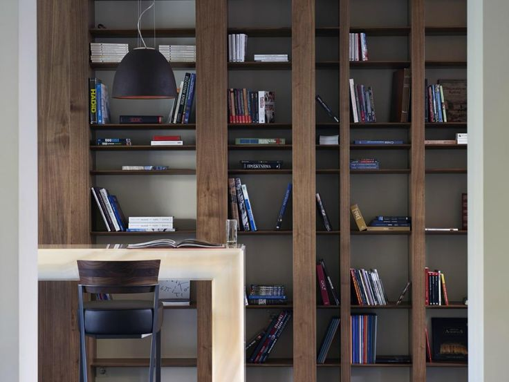 For booklovers #SamariaHotel's Library offer the perfect spot to read your favorite book!