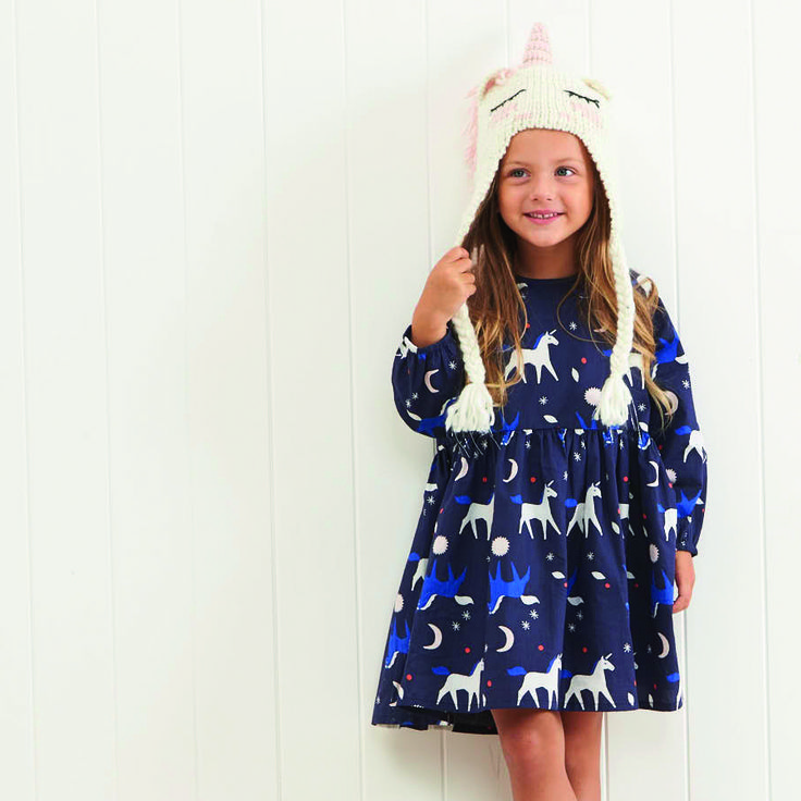 The lena dress is a long sleeve woven dress, featuring raglan sleeve, elastic cuffs and keyhole opening at back neck. Available is a range of cute prints. 100% Cotton