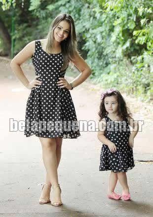 Vestidos tal mãe tal filha de voil com bolinhas