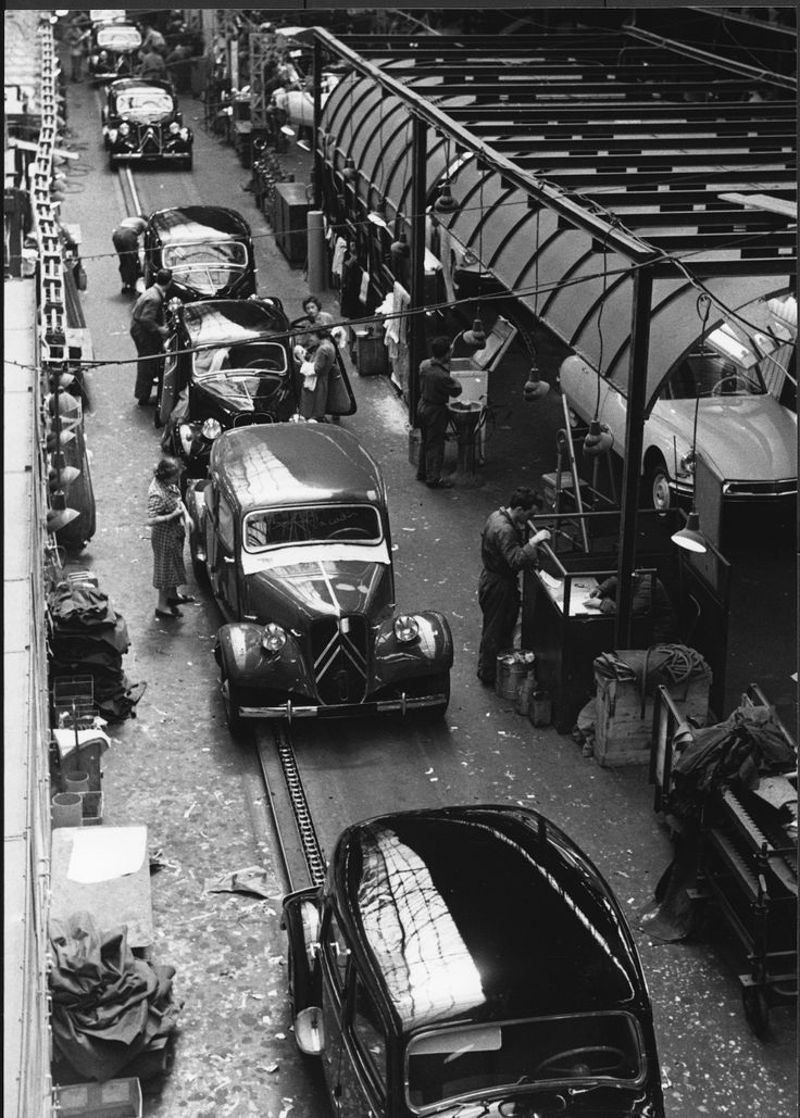 Traction in Citroën Javel Factory