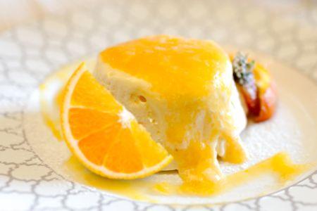 Avete degli ospiti a #cena e volete preparare un #dolce con la #frutta in pochi minuti? Ecco la #ricetta per voi! Scopri le nostre #ricette: http://www.dimmidisi.it/it/dimmicomefai/fresche_ricette/article/semifreddo_allarancia.htm #dimmidisi #recipe #cooking #cuisine #fruit #arancia #orange