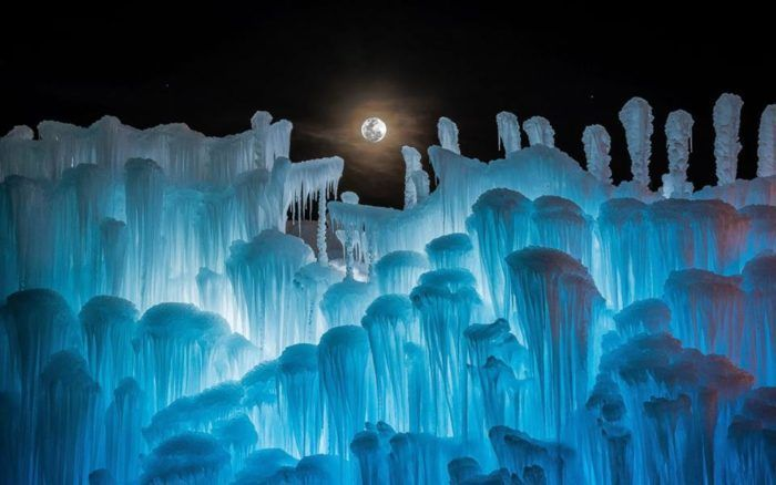 "2. <a href=""http://www.onlyinyourstate.com/wisconsin/wi-ice-castle/"" target=""_blank"">Wisconsin Dells Ice Castle</a>"