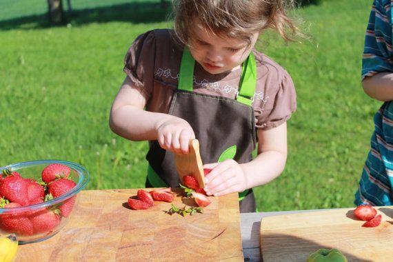 Couteau en bois sécuritaire pour enfants jouet par AtelierSaintCerf