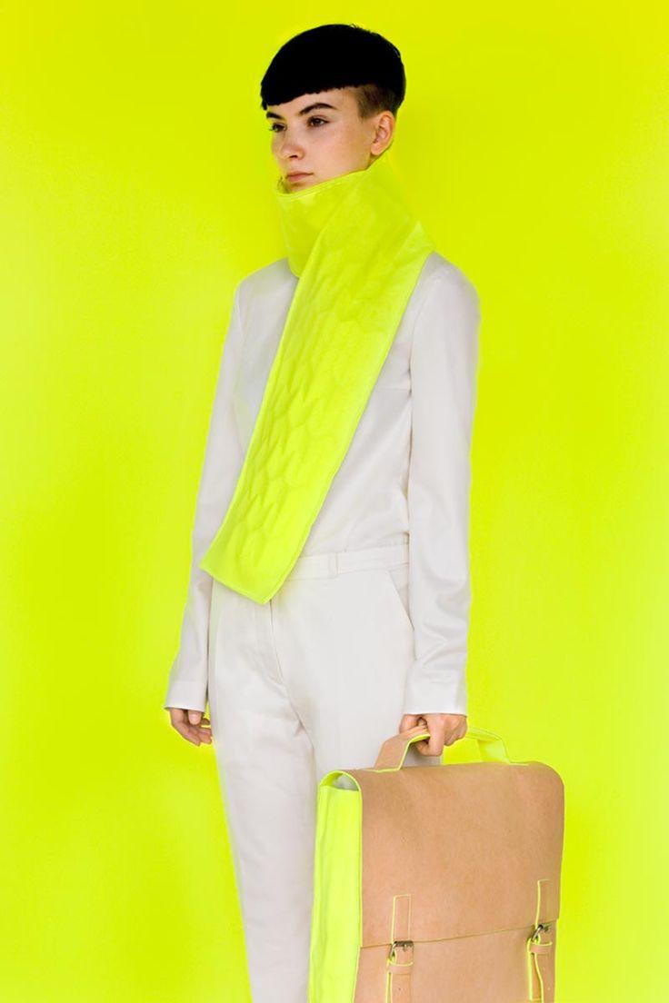 : Colour, Schools Fashion, Yellow Wall, Style, Art Photography, Colors, Fashion Photography, Neon Old Schools Alba Prat 12, Bags