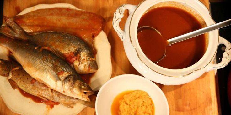 Fransk fiskesuppe: Bouillabaisse er en klassisk, fransk fiskesuppe med flere forskjellige fiskesorter. Alt etter hva fiskerne fikk den dagen de skulle lage suppe.