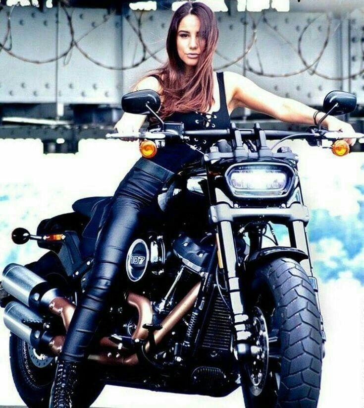 Motorrad Girl