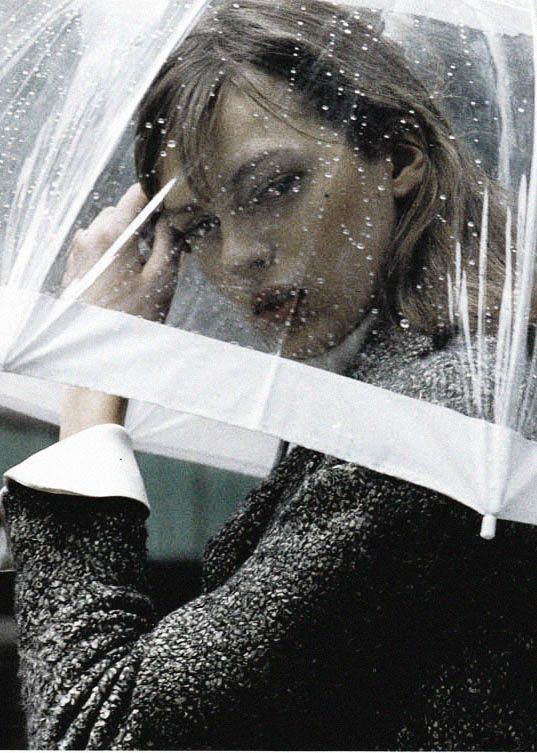 "{ Elise Crombez in ""Perdue Dans Manhattan"" by Mikael Jansson for Vogue Paris September 2003 }"