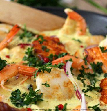 Poêlée de Saint-Jacques, crevettes et saumon aux épices douces et parfumées