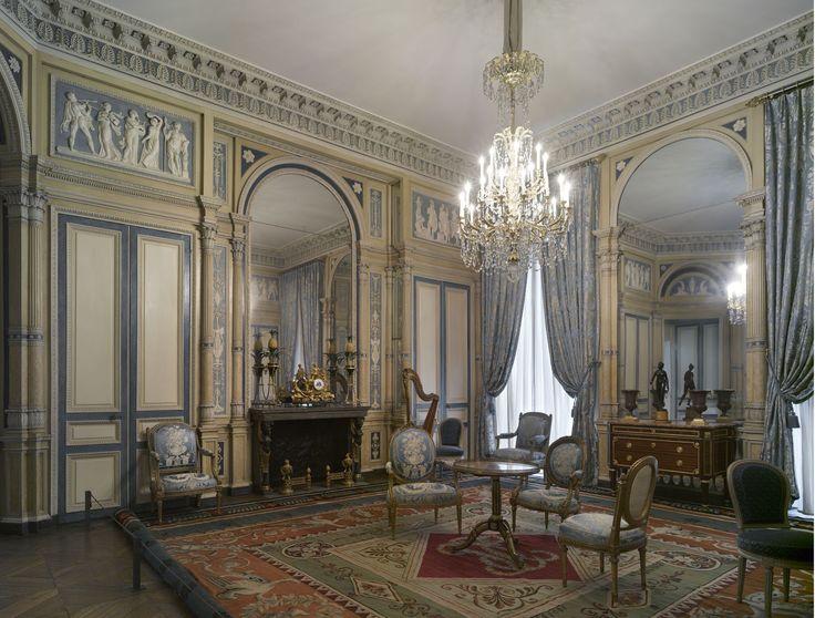 The salon de l 39 h tel de serres 1795 this salon originating from l 39 h tel de serres place - Salon des arts creatifs paris ...