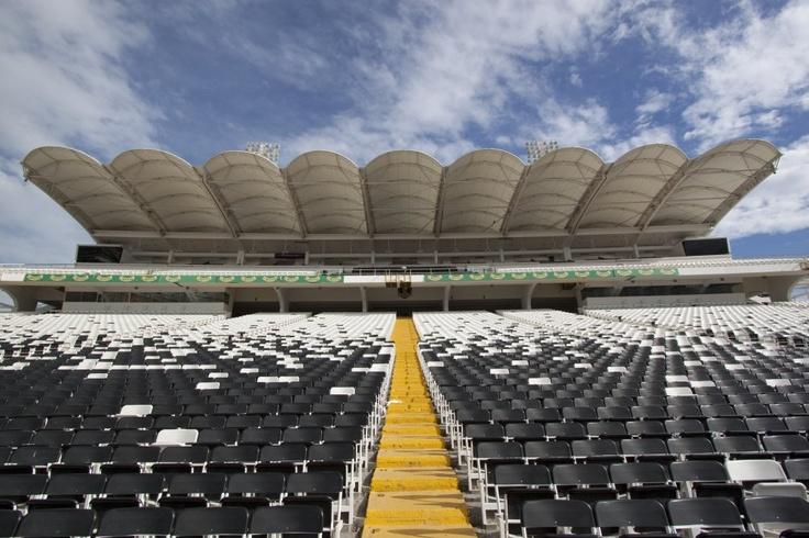 Estadio Monumental, Chile.  Marques Garcés y Asociados Arquitectos Limitada.  http://aoa.cl/oficina/marques-garces-y-asociados-arquitectos-limitada/