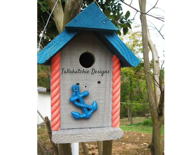 Beach style Birdhouse     https://www.facebook.com/TallahatchieDesigns/photos/a.511200018942014.1073741828.507266689335347/783917608336919/?type=1&theater