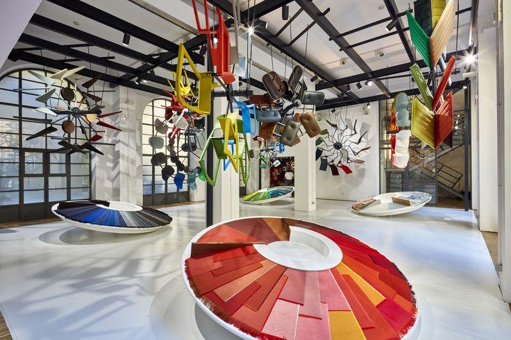 Casa Vitra 'Colour machine' designer Hella Jongerius. Vitra colour & material library coming to live. #vanTilburgnaarMilaan #milantextiles