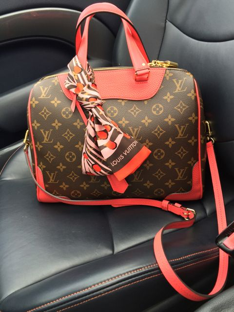 tPf Member: Miss_chiff, Bag: Louis Vuitton Retiro Bag, Shop: $2,100 via Louis Vuitton