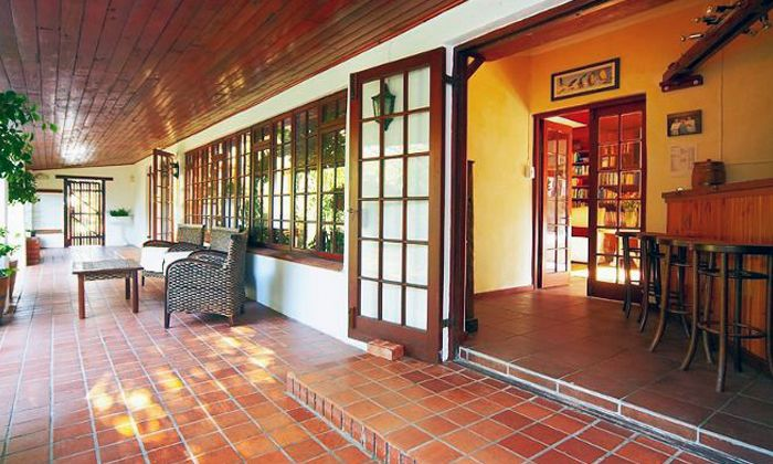 Noordhoek: Accommodation For Two Including Spa Vouchers