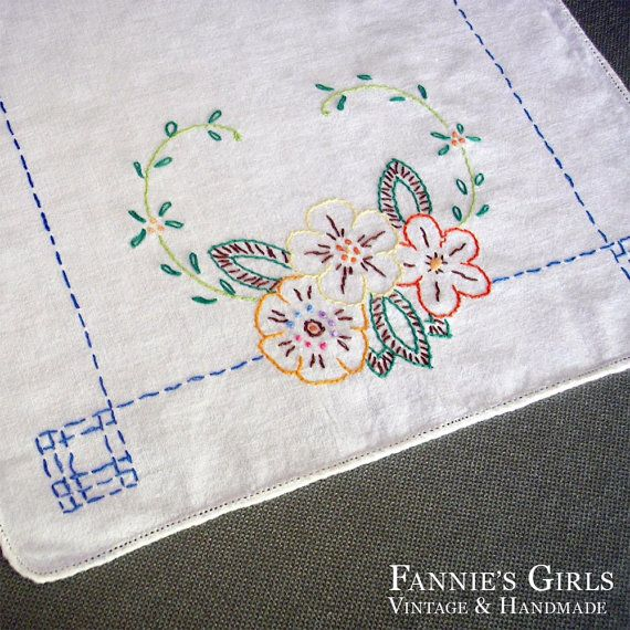 Hand Embroidered Dresser Scarf vintage mid by FanniesGirlsVintage