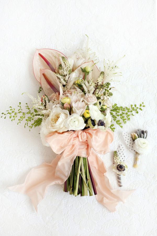.: Spring Flowers, Idea, Bridal Bouquets, Spring Weddings, Wedding Bouquets, Ribbons, Spring Wedding Flowers, Bows, Flowers Photo