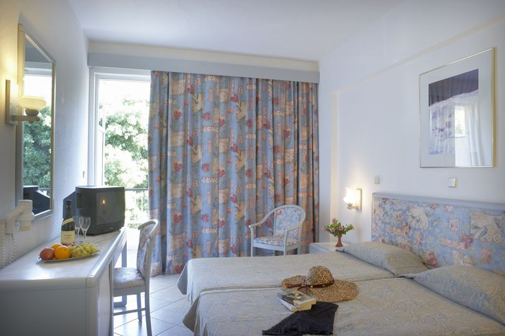 Esperia Hotel - For more info and Online Bookings visit https://esperiagroup.gr/our-hotels/esperia-city
