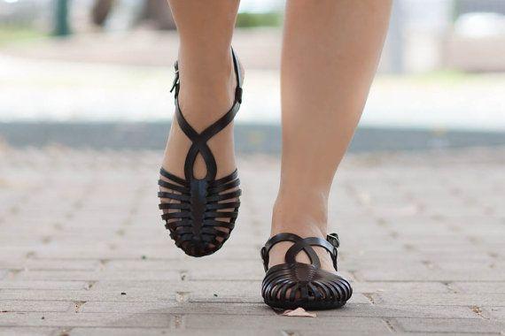 De zomer van geweven lederen sandalen vrouwen van BangiShop op Etsy