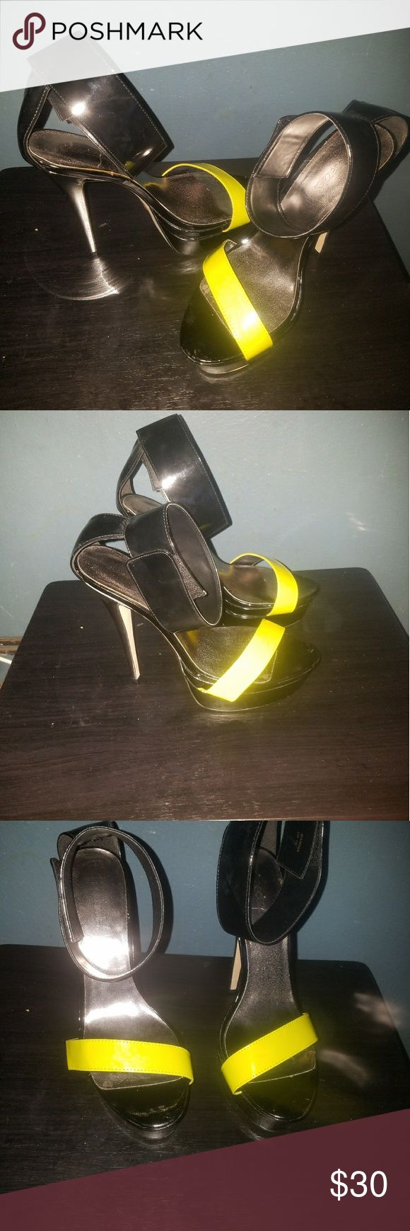 Womens Heels Black and Yellow ankle strap heels..... only worn once indoors Shoe Dazzle Shoes Heels