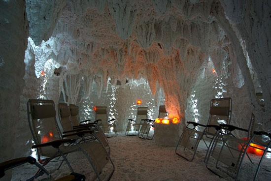 http://www.rajzazitku.cz/5-relaxace-a-wellness/307-noc-v-solne-jeskyni.htm