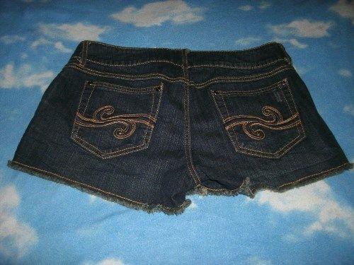 12.19$  Buy now - http://vifmq.justgood.pw/vig/item.php?t=i8jyla552406 - Candie's Dark Wash Booty Shorts Daisy Dukes Denim Jean Women's Junior's Sz 11