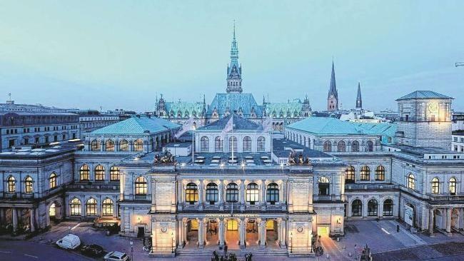 Hamburg - Die Handelskammer am Adolphsplatz