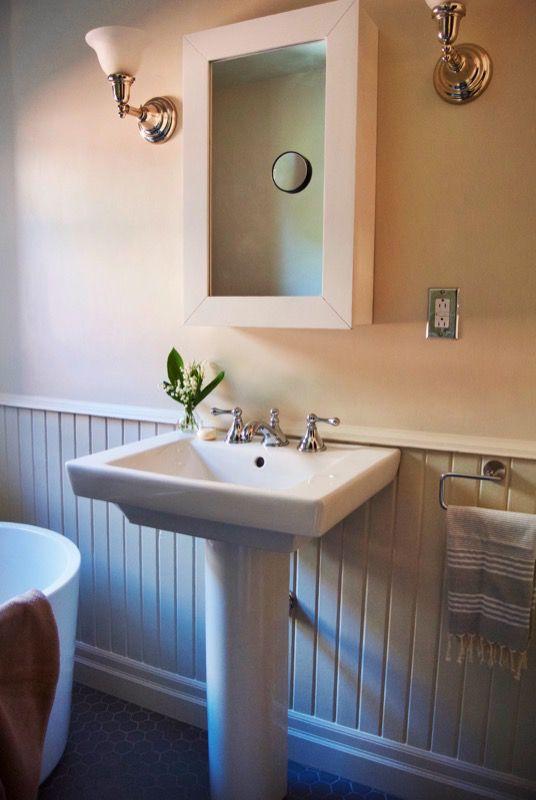 1273 Best Best Pedestal Sinks Images On Pinterest Basement Bathroom Bathroom Sinks And