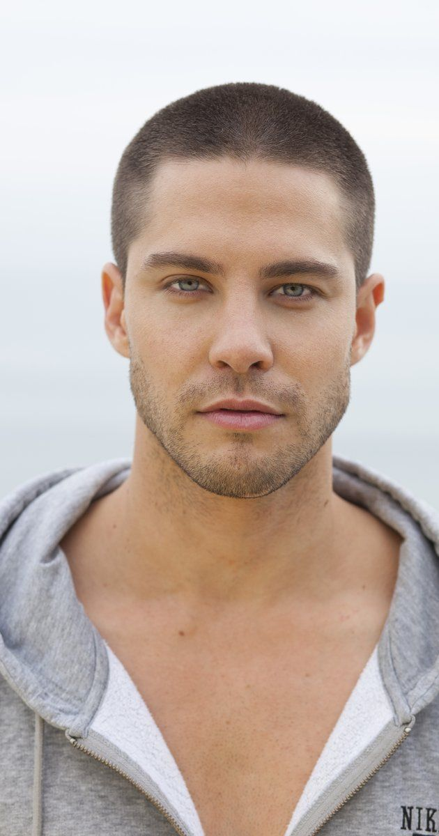 Savi's SEAL.  A little bulkier    Dean Geyer