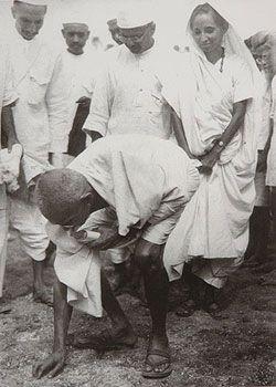 Gandhiji - after the Dandi Salt March (April 5th, 1930. Click for larger image.).
