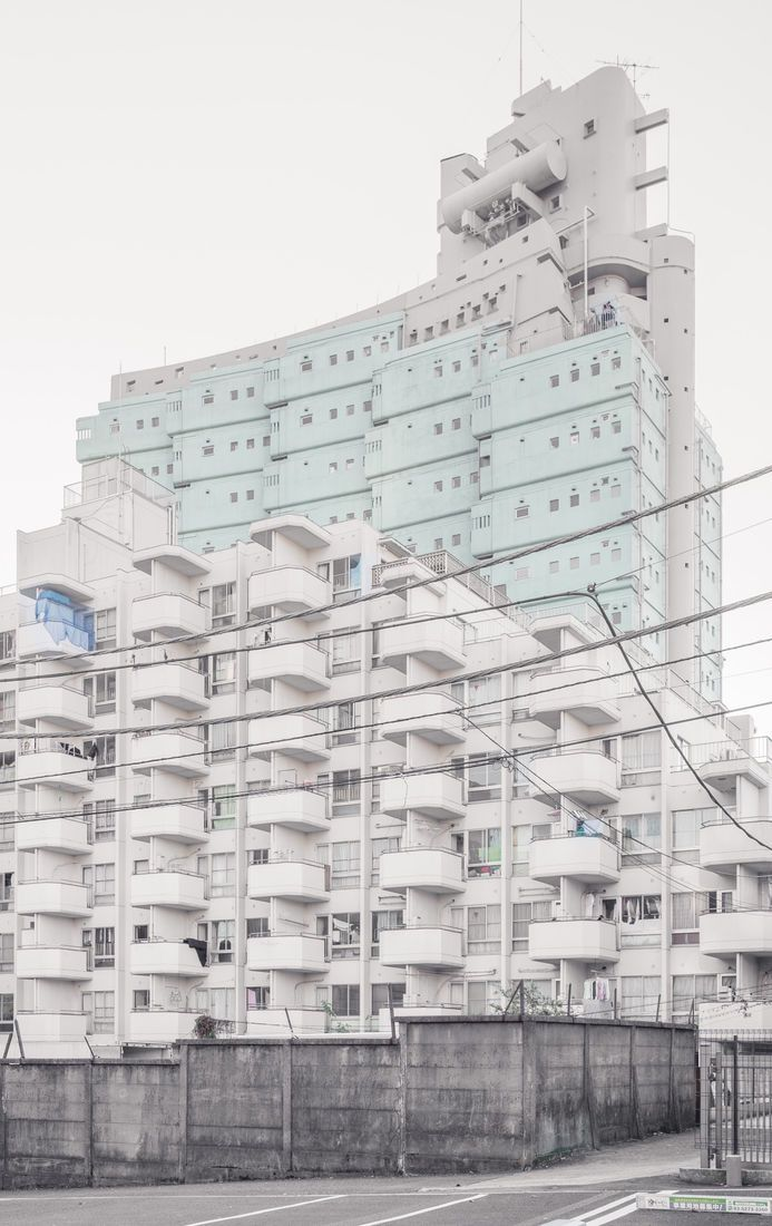 Parallel World — The New Sky Building By Yoji Watanabe, Relatively... - 59217 - Buamai