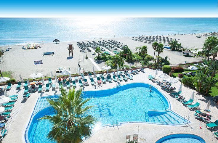 Hotel Amaragua gelegen aan de kust van Torremolinos is een heerlijk 4 sterren hotel! Het heeft een prachtige ligging direct aan de kust en heeft vele heerlijke faciliteiten. Ontdek het zelf http://www.prijsvrij.nl/vakanties/spanje/costa-del-sol/torremolinos/amaragua?utm_source=pinterest&utm_medium=statusupdate&utm_content=vakanties-costa-del-sol&utm_content=landencontent