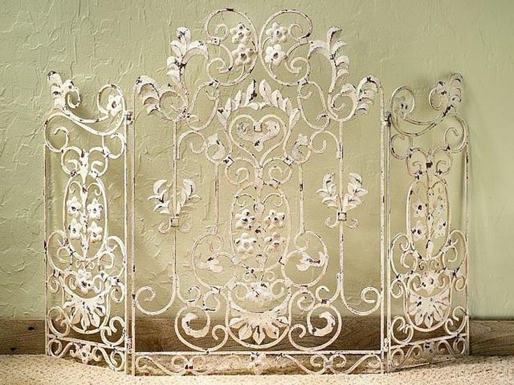 """FIREPLACE SCREENS - """"CHENONCEAU"""" DECORATIVE FIRE SCREEN - ANTIQUE WHITE - Kensington Row Collection"""