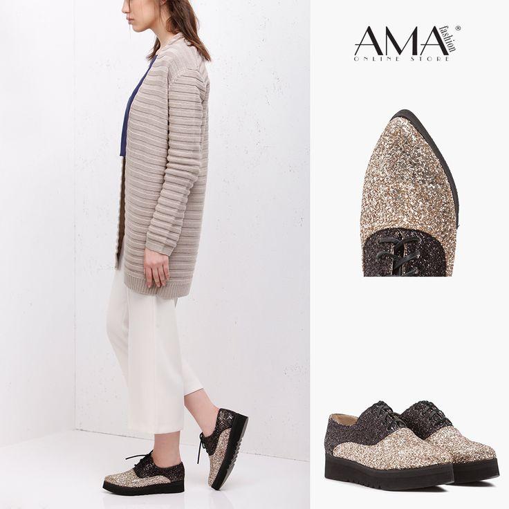 Pantofi oxford cu talpa inalta usoara, din piele naturala cu glitter aplicat.
