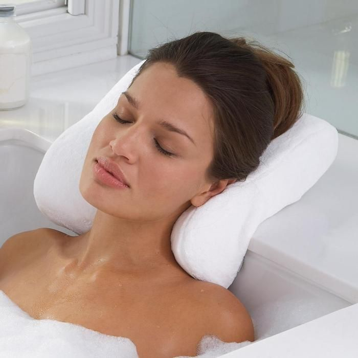 Memory Foam Bath Pillow. I\'ve been asking for this for Christmas ...