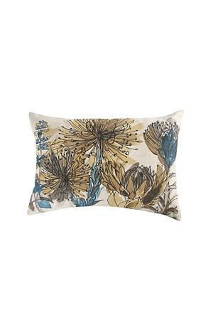 "This scatter cushion with a printed detail of beautiful proteas will refresh the look of your living space. The accents of colour is a great way to add interest to your home.<div class=""pdpDescContent""><BR /><b class=""pdpDesc"">Dimensions:</b><BR />L60xW40 cm<BR /><BR /><b class=""pdpDesc"">Fabric Content:</b><BR />30% Cotton 70% Polyester<BR /><BR /><b class=""pdpDesc"">Wash Care:</b><BR>Gentle machine wash low heat tumble dry</div>"