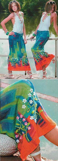 секционная юбка-макси в технике пэчворк с цветочным декором по подолу