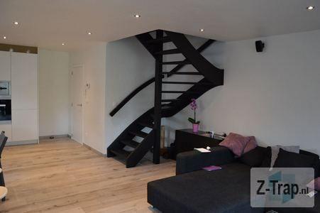 25 beste idee n over binnenkomst trap op pinterest portiek trap huisdesign en zuidelijk leven - Deco donker gang ...