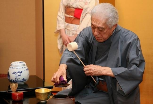 Dr. Genshitsu Sen, 15th grand master of the urasenke tea school.