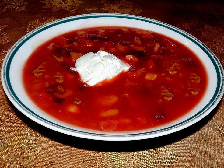 Recept na pravý ruský boršč. Asi takhle: Kolik ruských a ukrajinských rodin, tolik způsobů, jak připravit ruský boršč. Ale jedno mívají